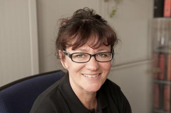 Yvonne Gaensdorfer